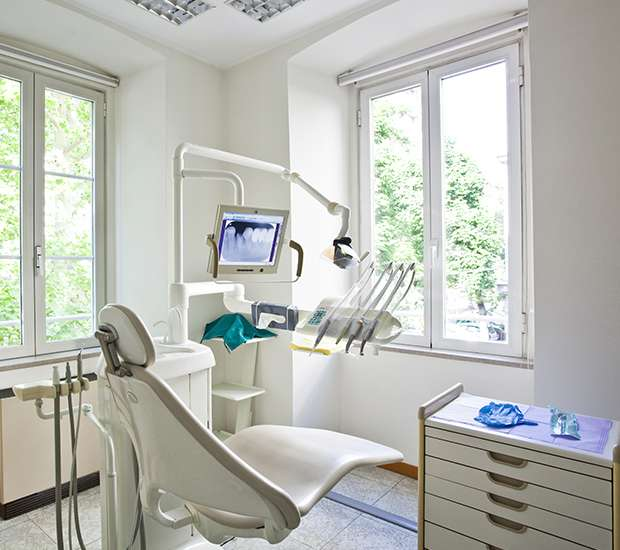 About Us   Smile Studio - Dentist Upland, CA 91786   (909) 660-4913